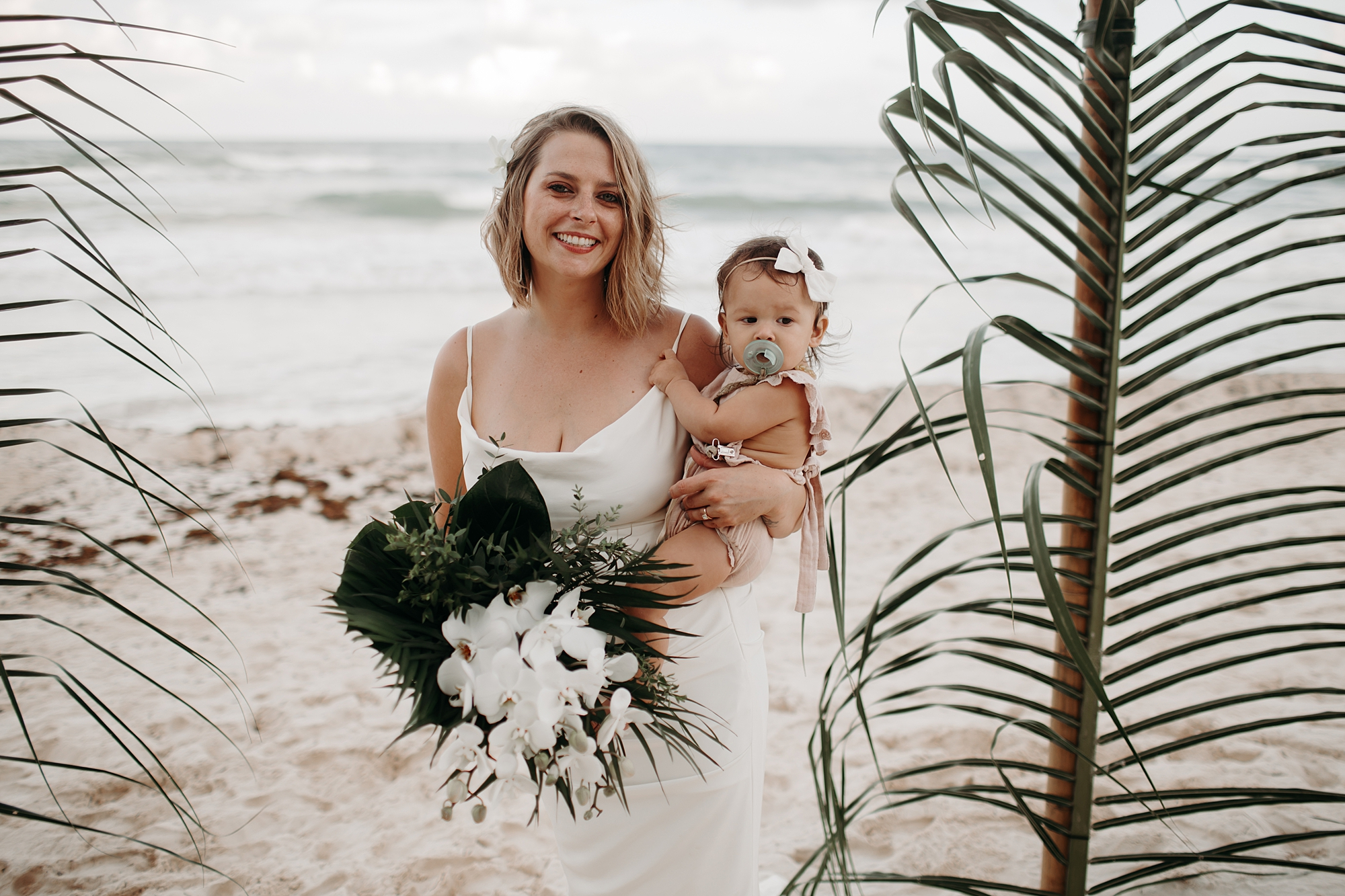 Danielle-San-Antonio-Wedding-Photographer-194_WEB.jpg