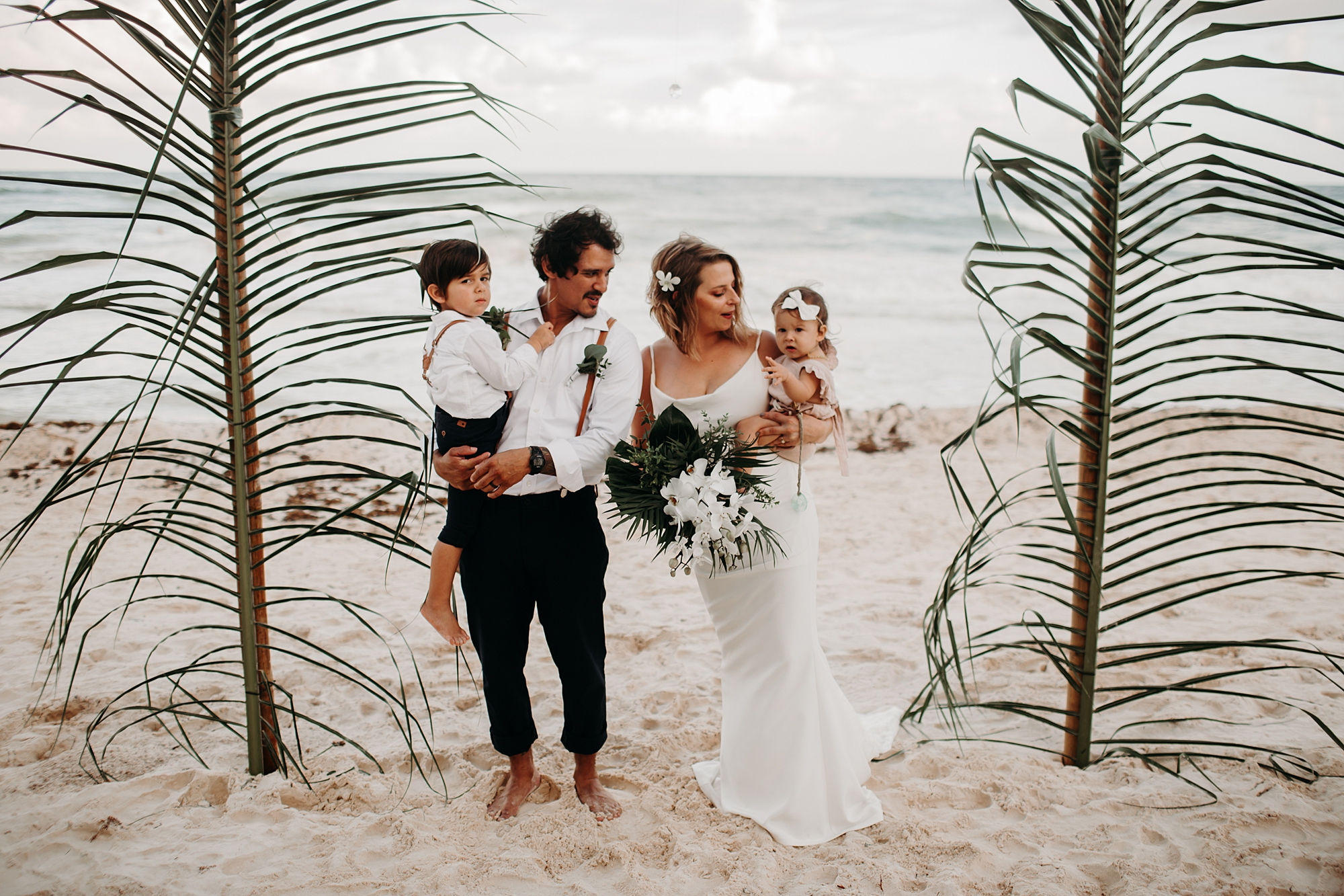 Danielle-San-Antonio-Wedding-Photographer-202_WEB.jpg