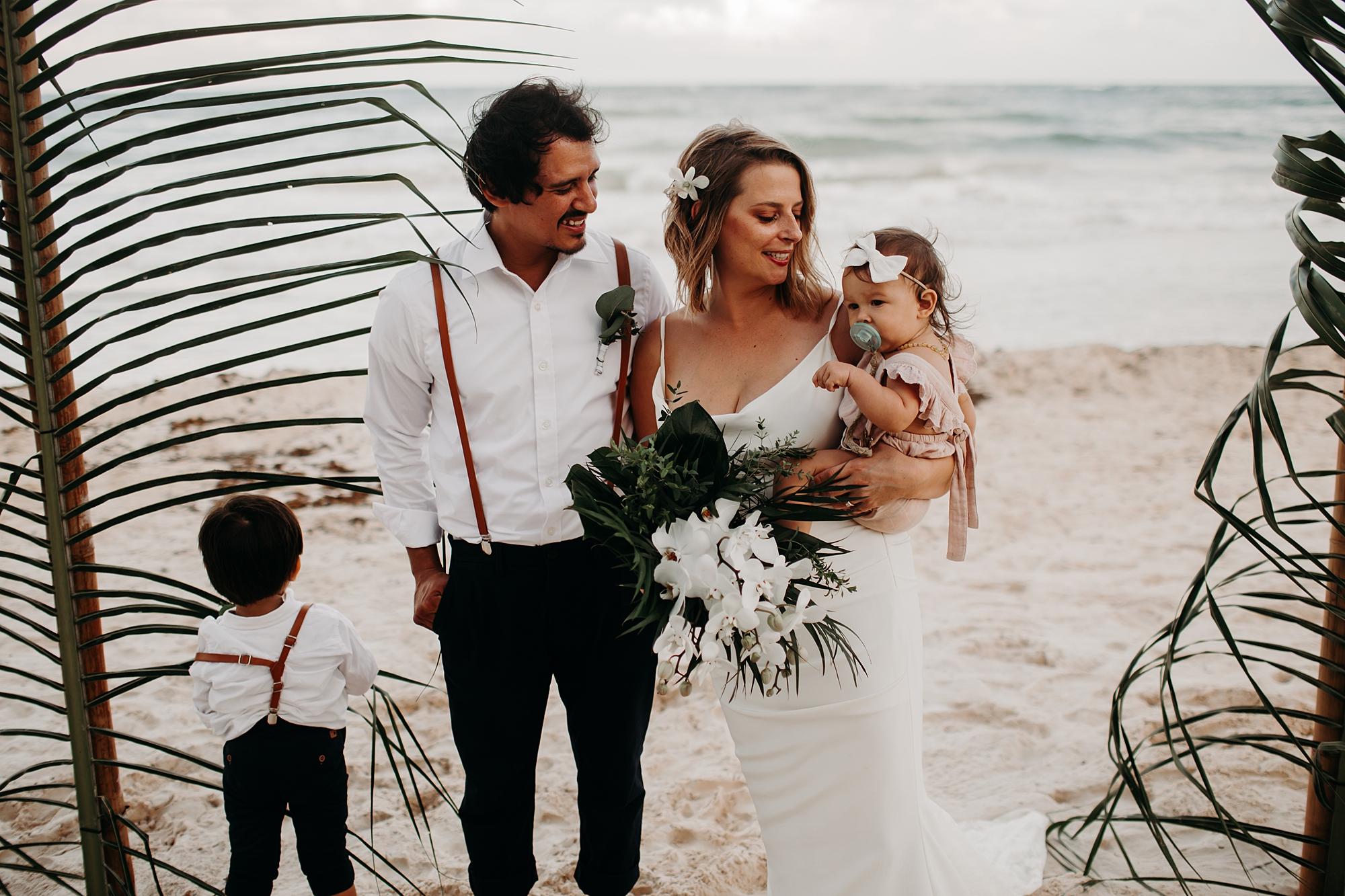 Danielle-San-Antonio-Wedding-Photographer-206_WEB.jpg