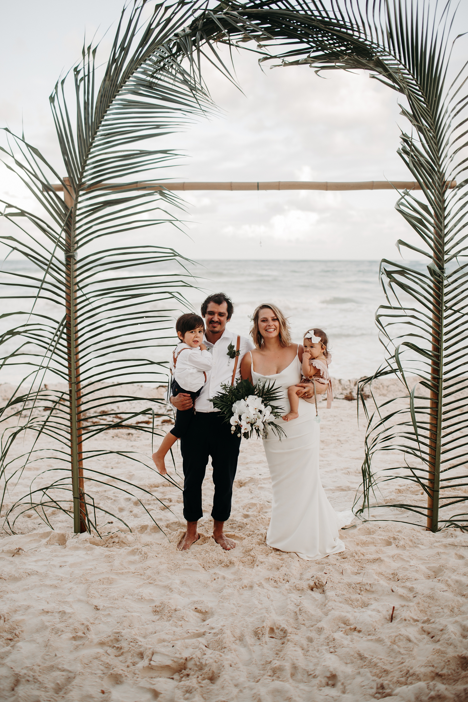 Danielle-San-Antonio-Wedding-Photographer-204_WEB.jpg