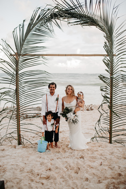 Danielle-San-Antonio-Wedding-Photographer-207_WEB.jpg