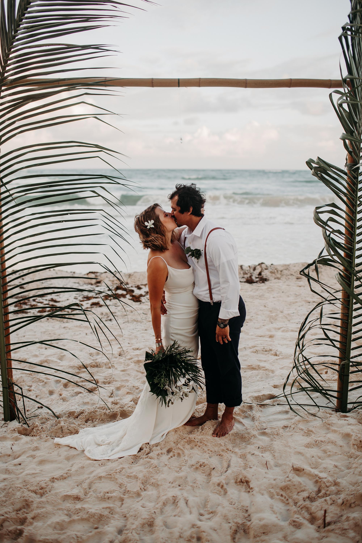 Danielle-San-Antonio-Wedding-Photographer-239_WEB.jpg