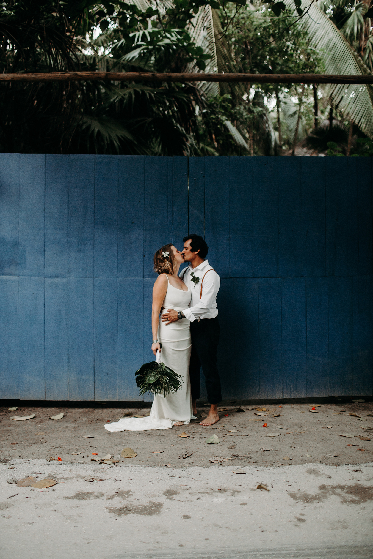 Danielle-San-Antonio-Wedding-Photographer-251_WEB.jpg