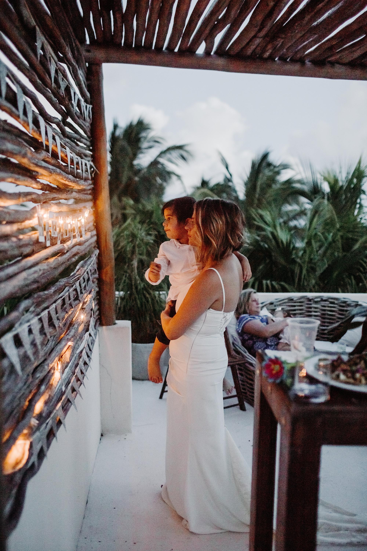 Danielle-San-Antonio-Wedding-Photographer-268_WEB.jpg