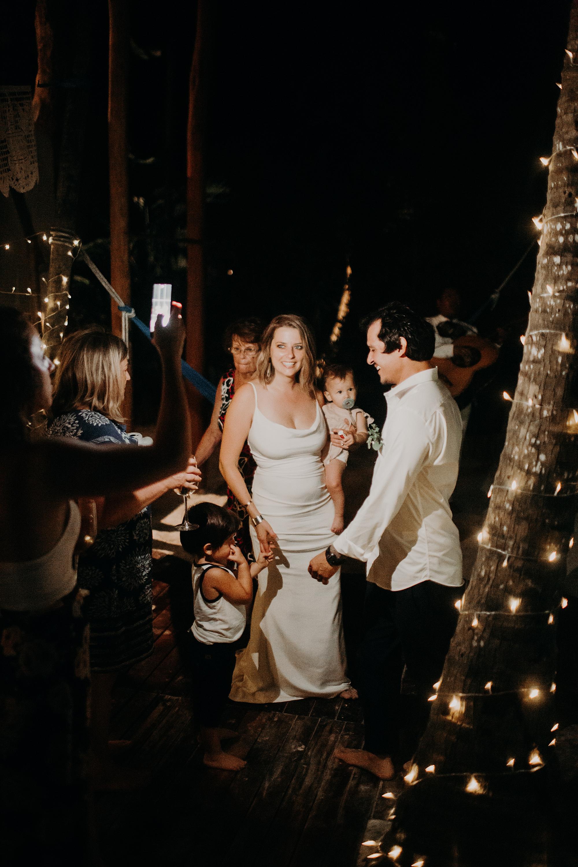 Danielle-San-Antonio-Wedding-Photographer-293_WEB.jpg