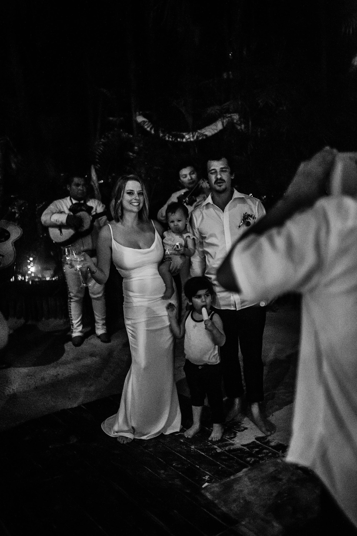Danielle-San-Antonio-Wedding-Photographer-294_WEB.jpg