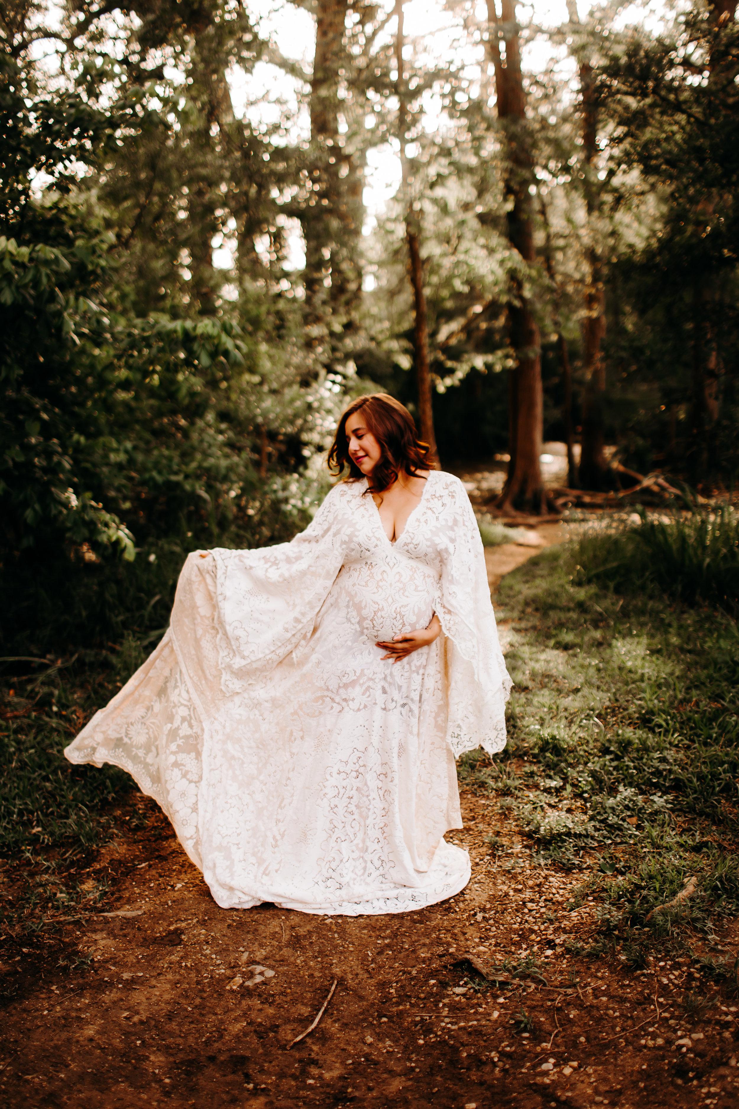Tiffany-San-Antonio-Maternity-Photographer-40.jpg