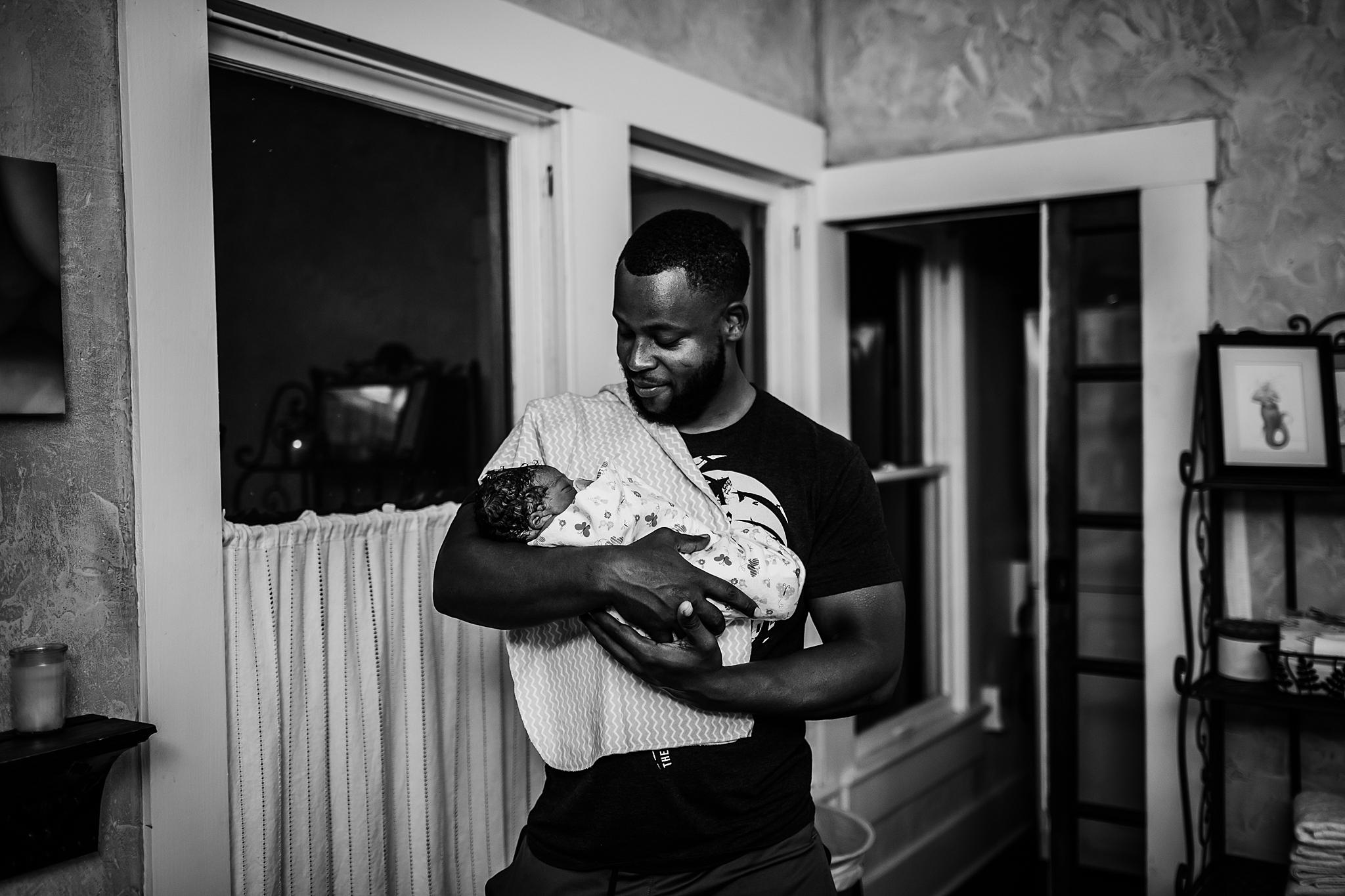 Jessa-San-Antonio-Birth-Photography-127_WEB.jpg