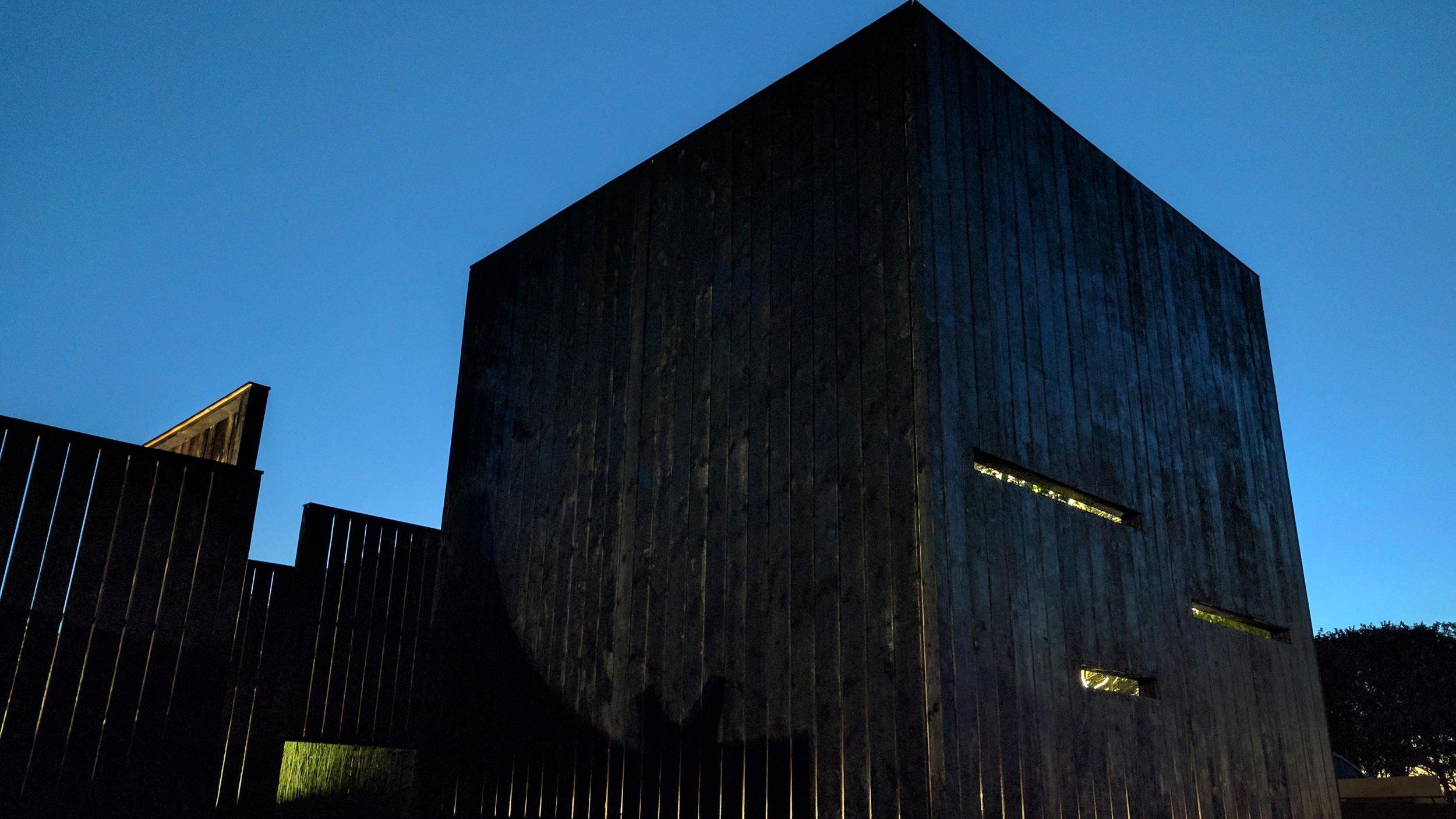 Southport Garden Design: Kuro: Cube By Night