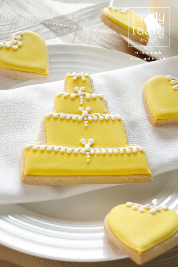 yellow-cake-favour.jpg