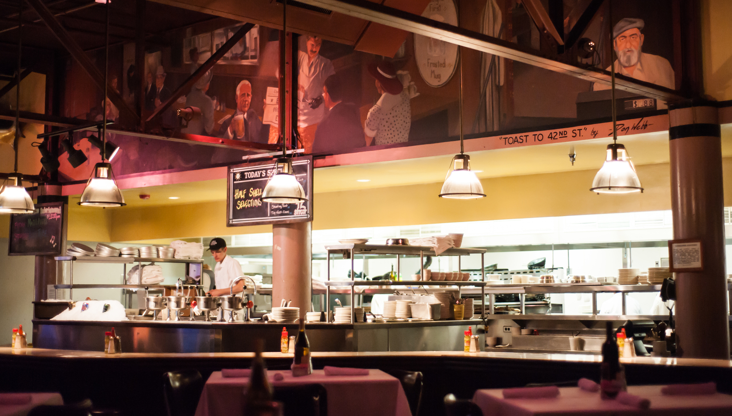 42nd St Oyster Bar Seafood Grill