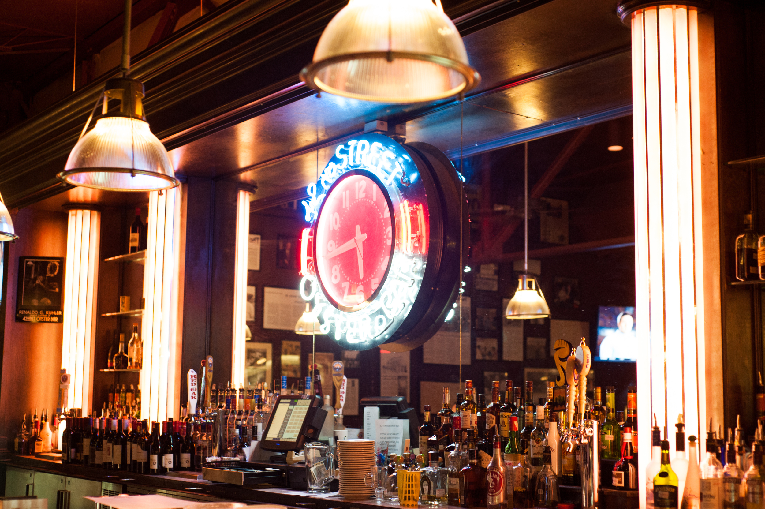 Been to 42nd St Oyster Bar & Seafood Grill? Share your experiences!