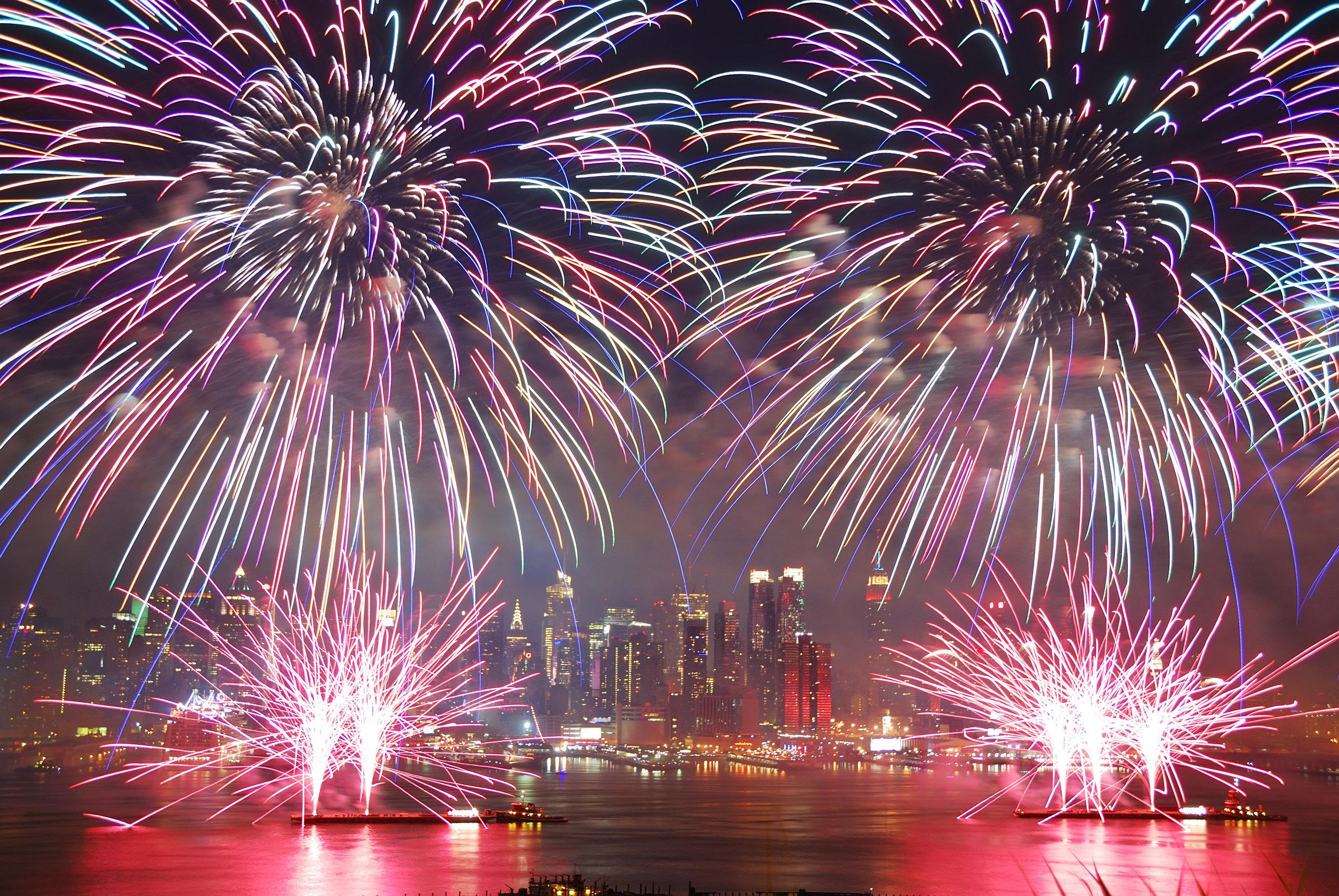 4th-of-july-fireworks-nyc.jpg