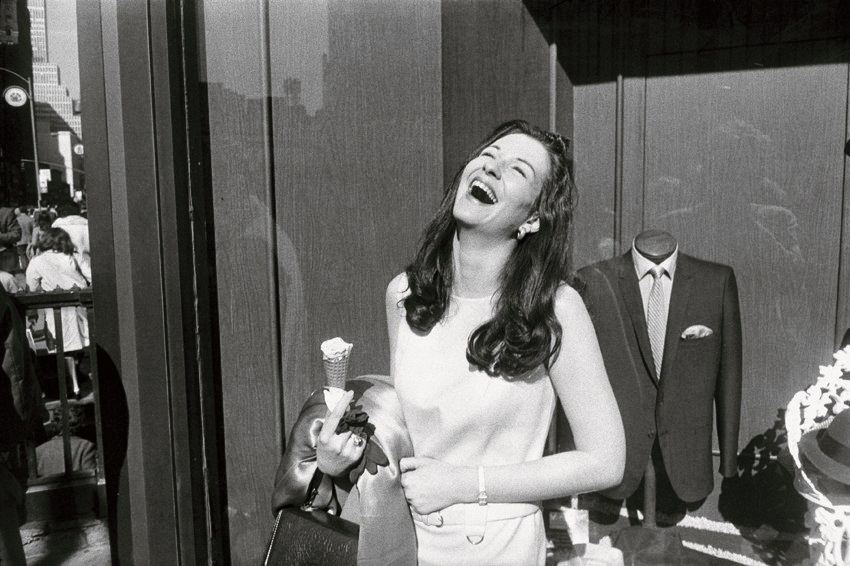 Garry Winogrand, New York,1968 © The Estate of Garry Winogrand, courtesy Fraenkel Gallery, San Francisco
