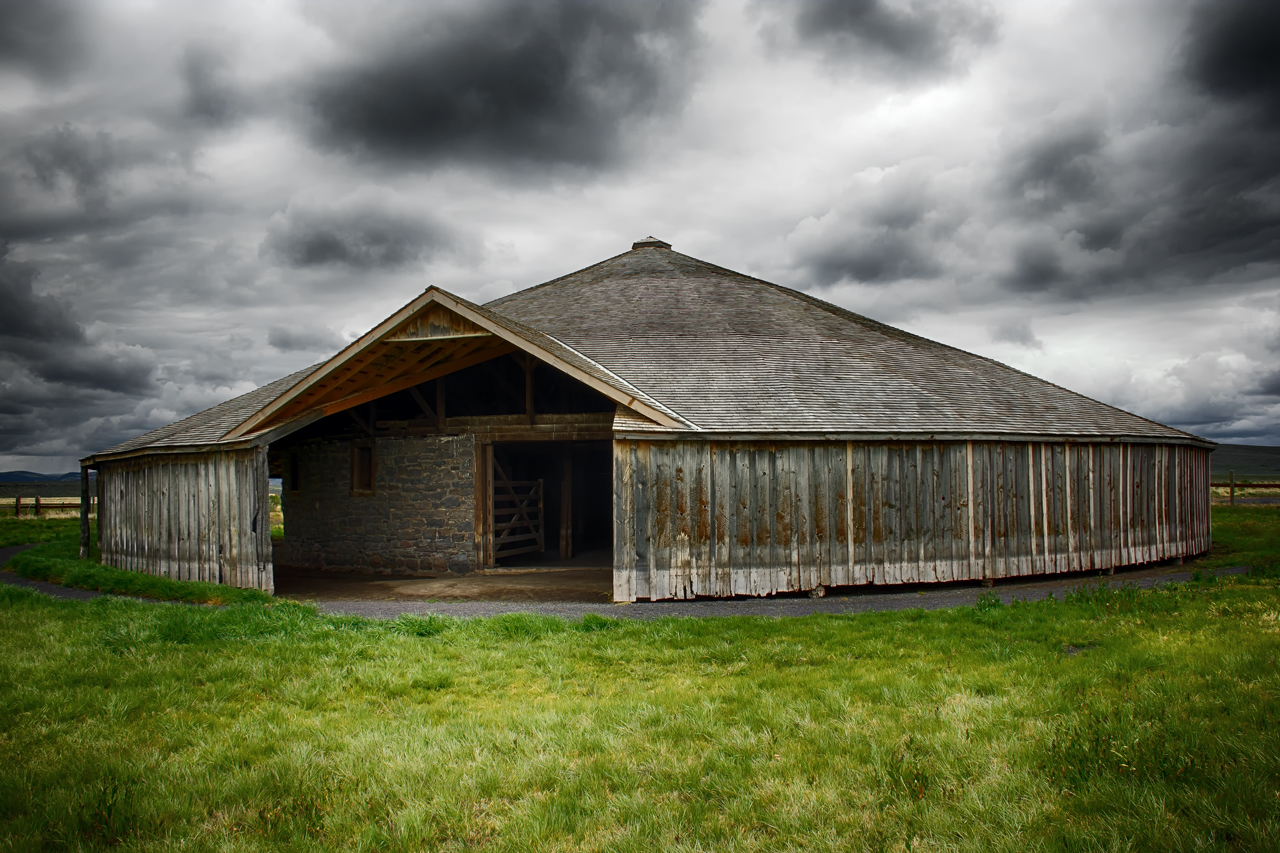 Peter French Round Barn, Burns Oregon