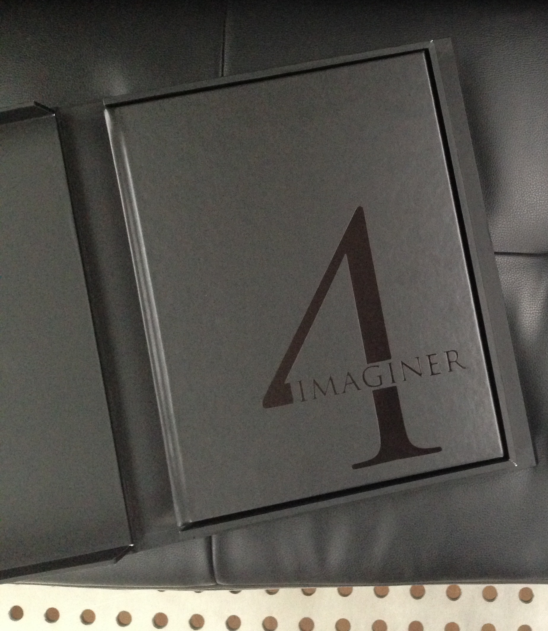 Imaginer 4 - deluxe edition in clamshell case