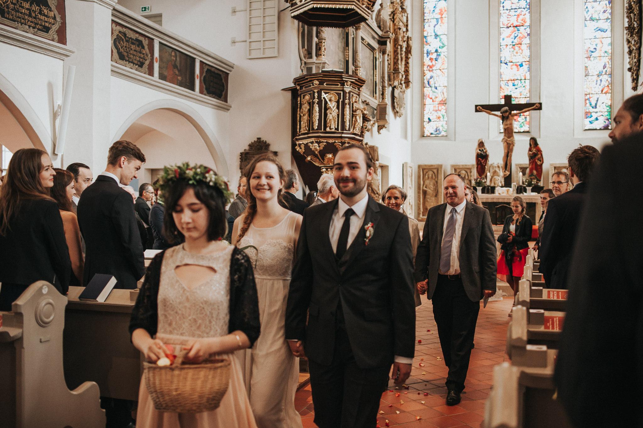 Auszug des Brautpaares aus Lutherhaus Eisenach