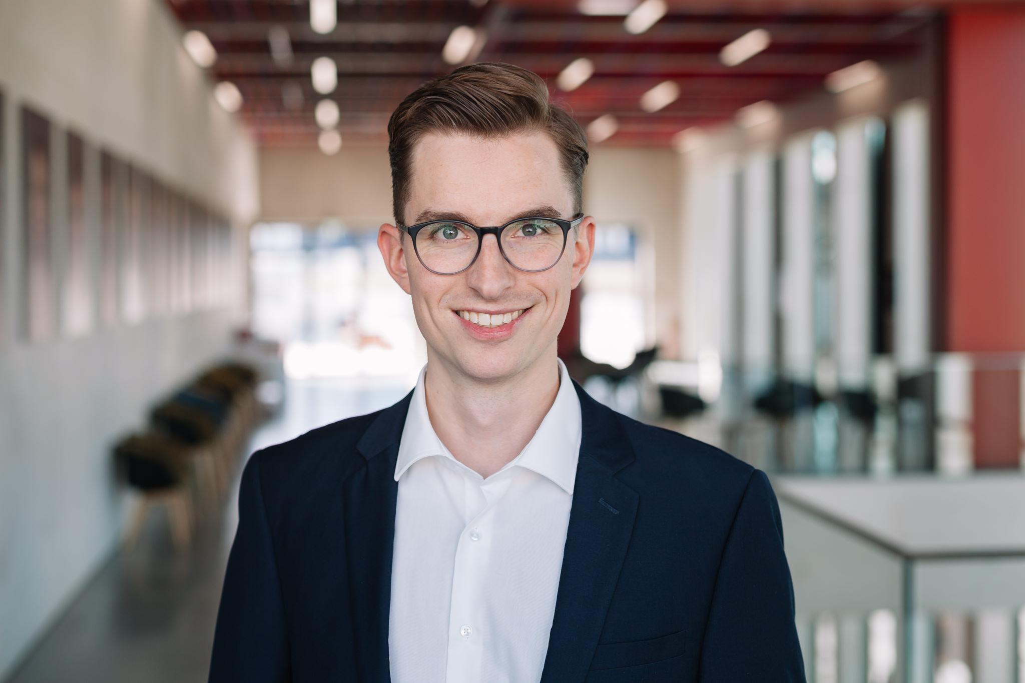 Daniel Business Portrait.jpg