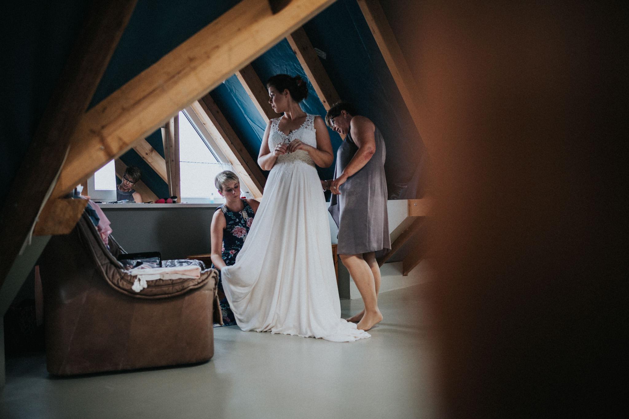 Braut im Brautkleid Homberg