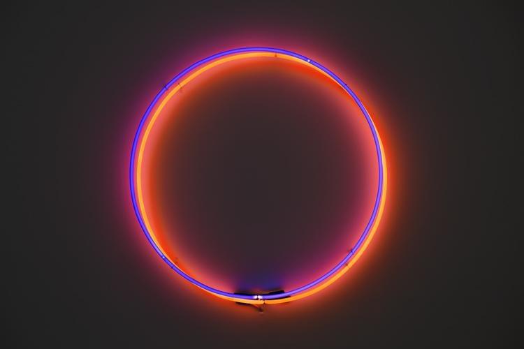 Soleil Double, 2014, Néon, 15 cm (X2)