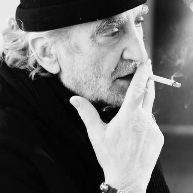 Roger fumeur.jpg