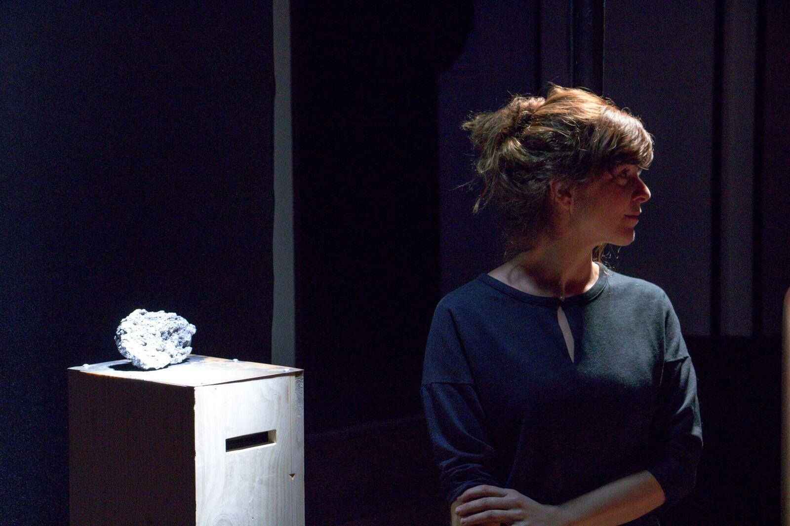 """Véronique Béland et son oeuvre """"Recombinaison"""""""