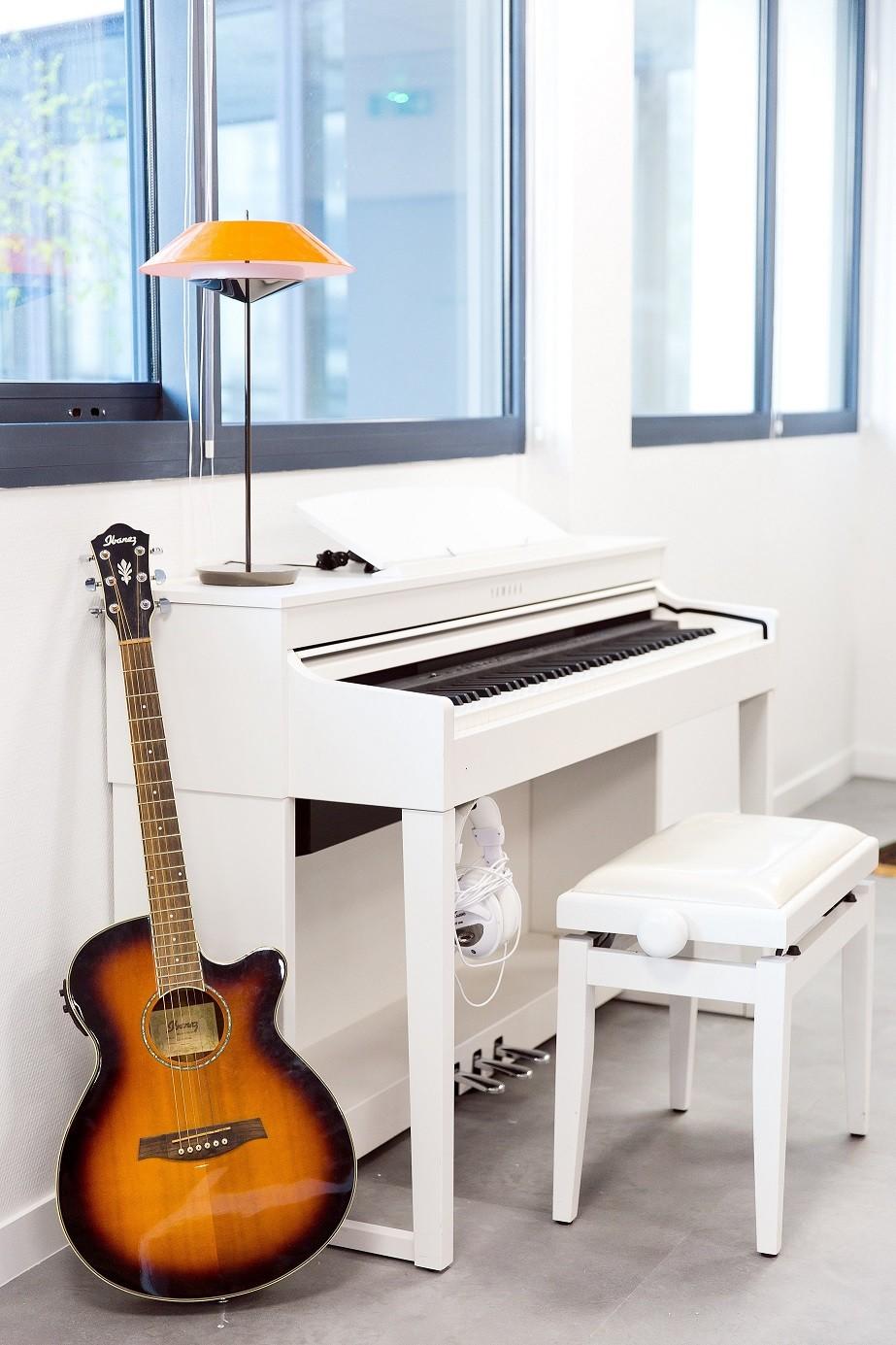 Piano Dav.jpg