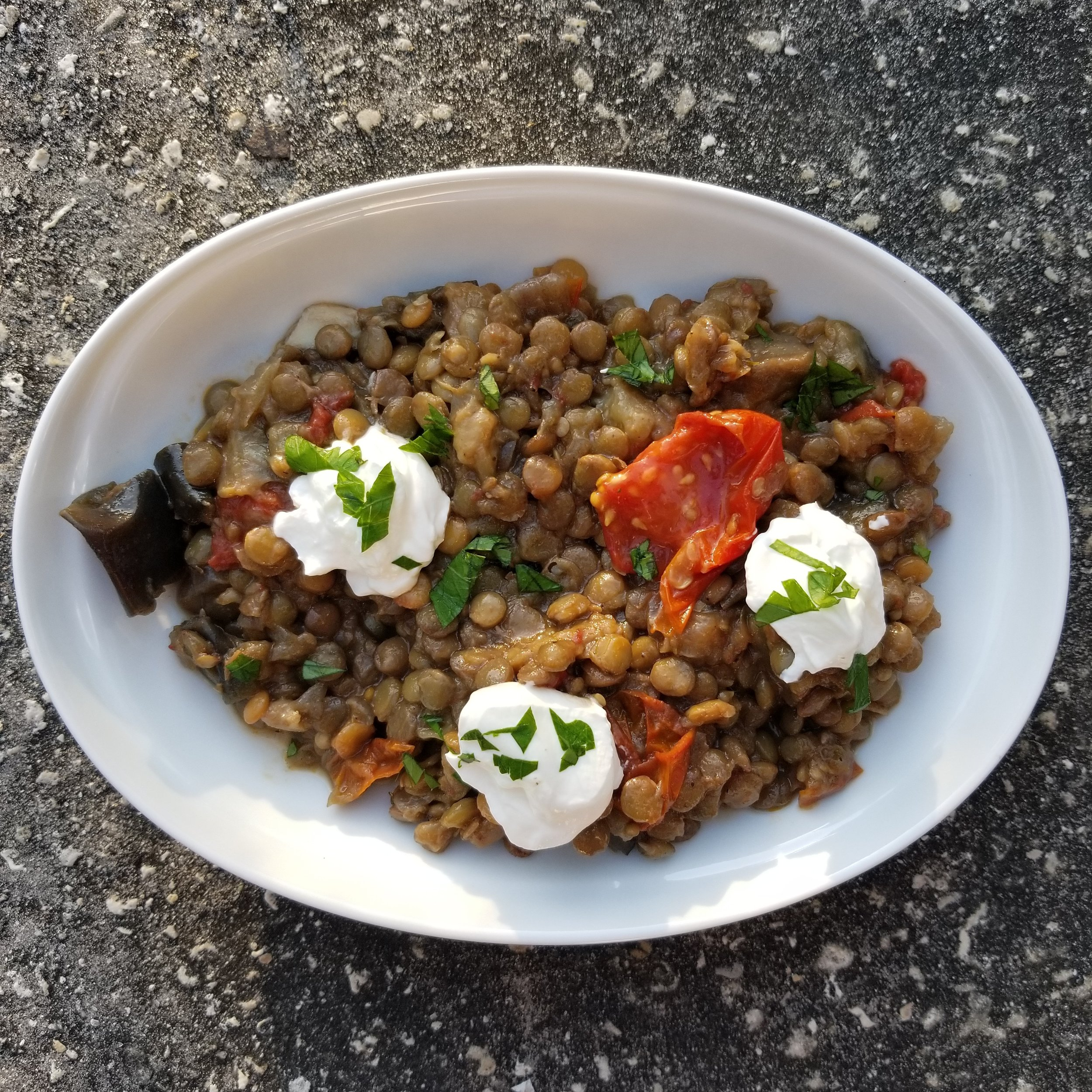 Lentils are a carbohydrate, so they do effect blood sugar.  But they have TONS of fiber which is super beneficial for blood sugar control.  Definitely a food to include.