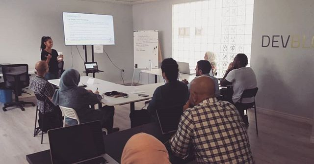 Employability workshop of August 13. Sign up for the next session to learn about #CVwriting and #InterviewPreparation. Link in our bio for registration  #forrefugees #newcomers #canada #cdnpoli #asylumseekers #mtl #jobsearch #employment #refugees #refugeeswelcome #refugee #welcomeall #welcomerefugees #refugeeswelcomehere #montreal #indeed #jobboom #work #job #mtljobs