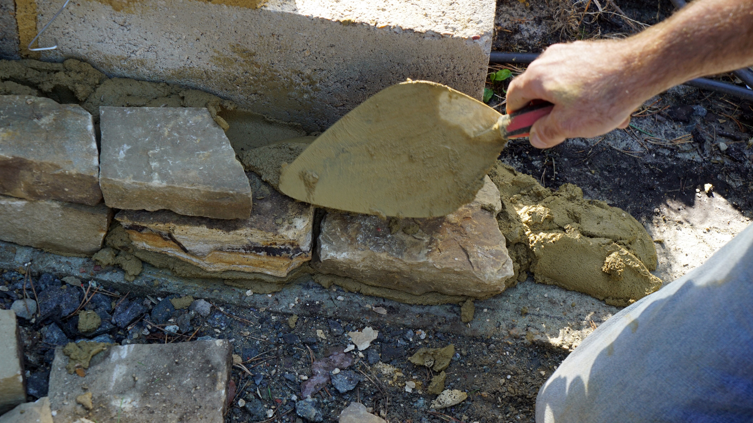 JD West Chil Dry Stone in progress 25.jpg