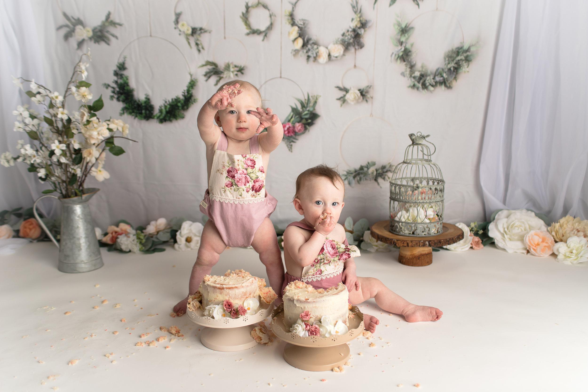 Diana Lynn {cake smash}42.jpg