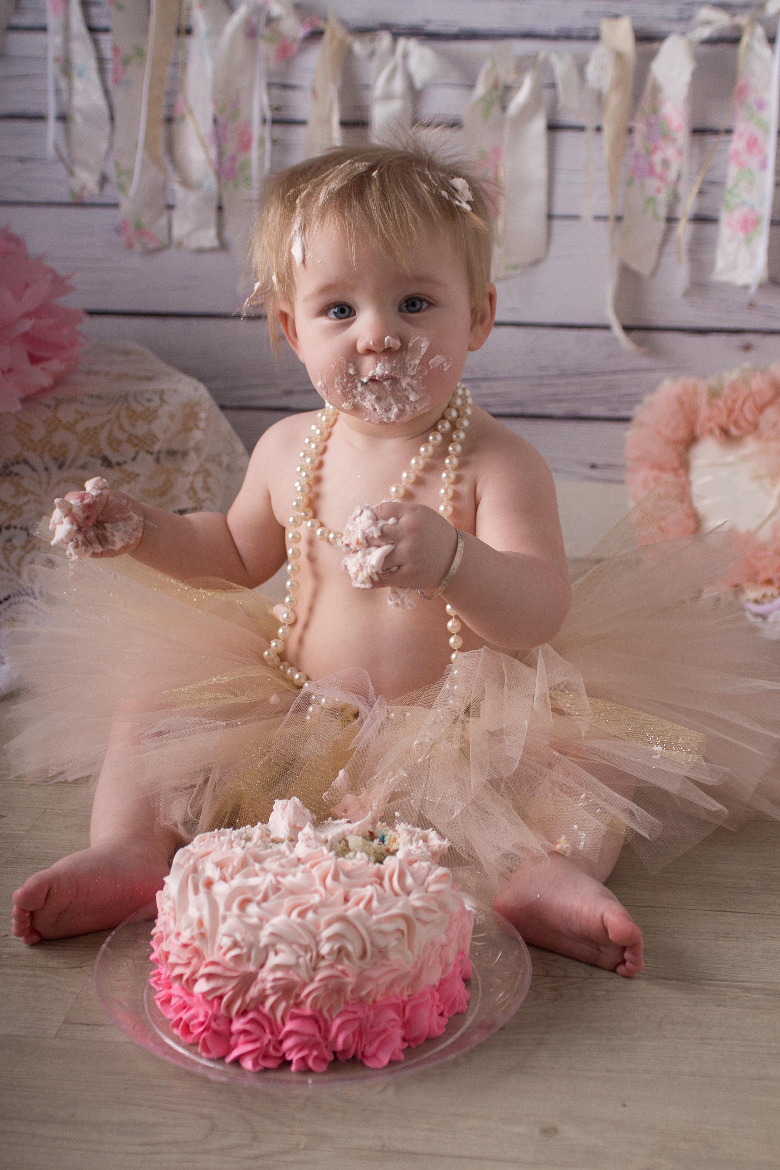 Samantha{cake_smash}-62.jpg