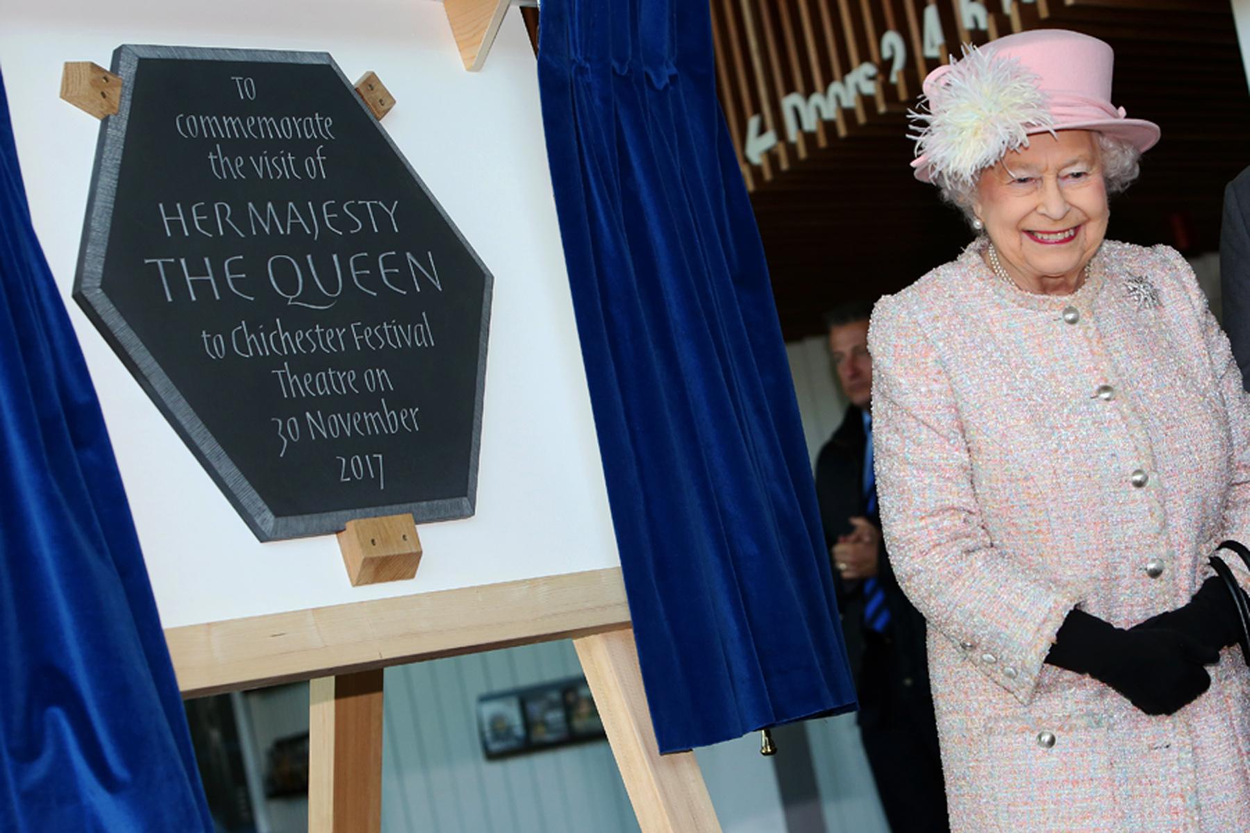 PR_Queen12.jpg