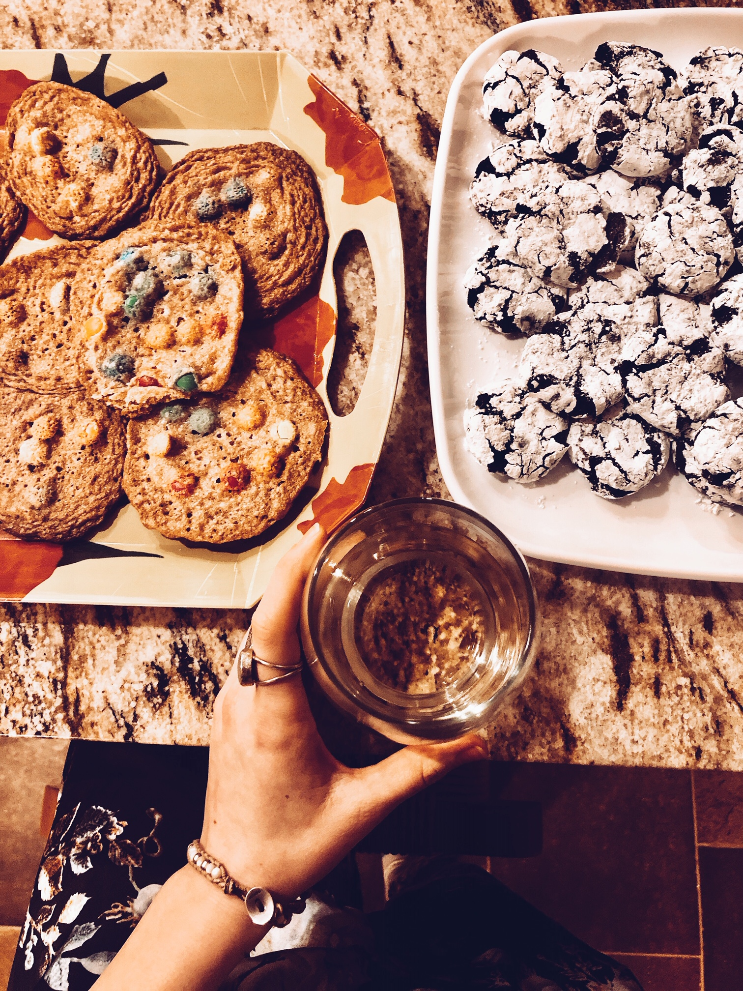 2   SOL   FUL GODDESS - Me just being my best self at the holidays - homemade cookies and chilled wine.