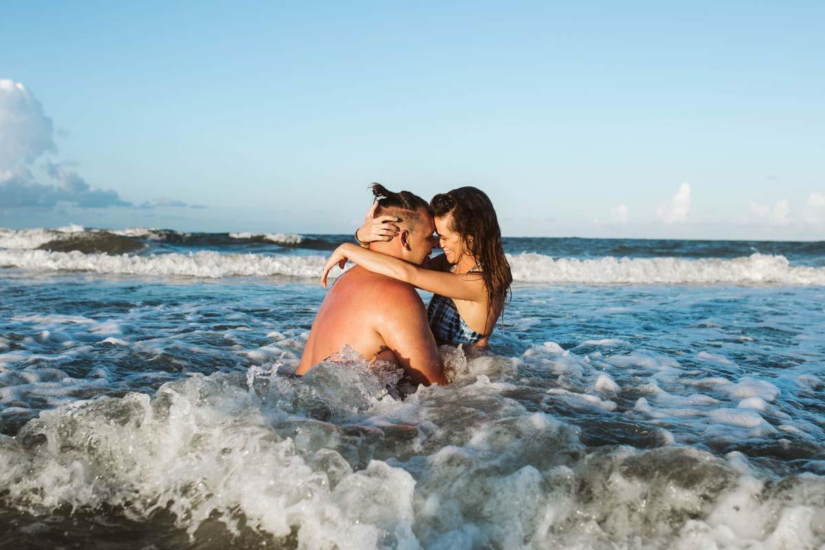 tybee-island-couples-session (18).jpg