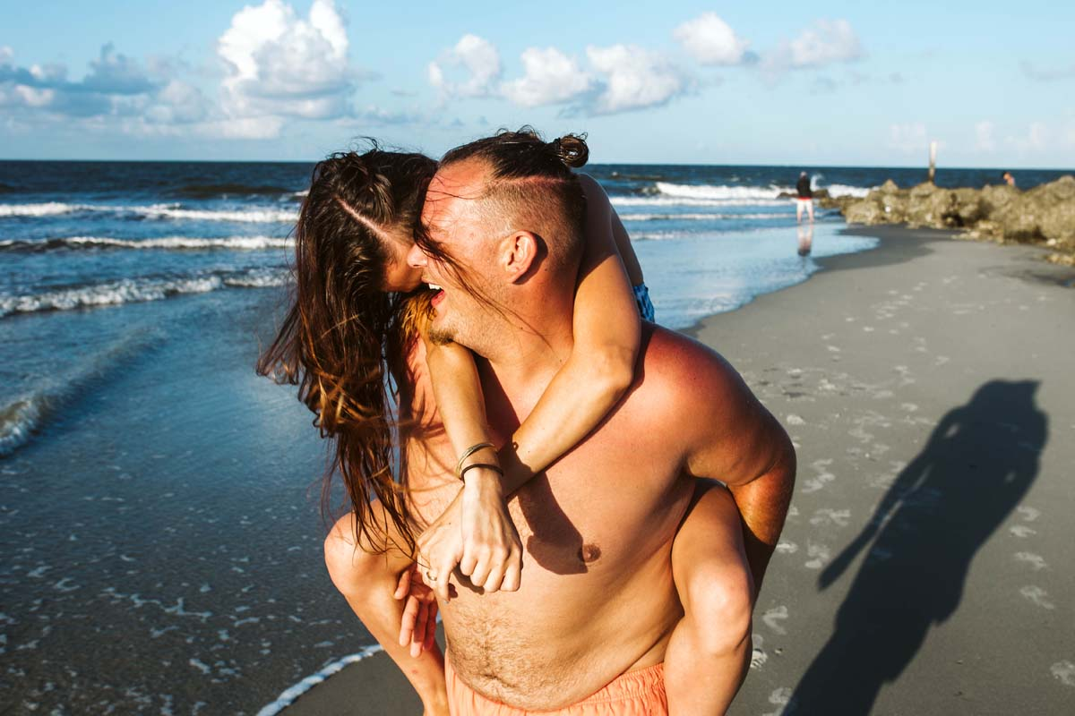 tybee-island-couples-session (35).jpg