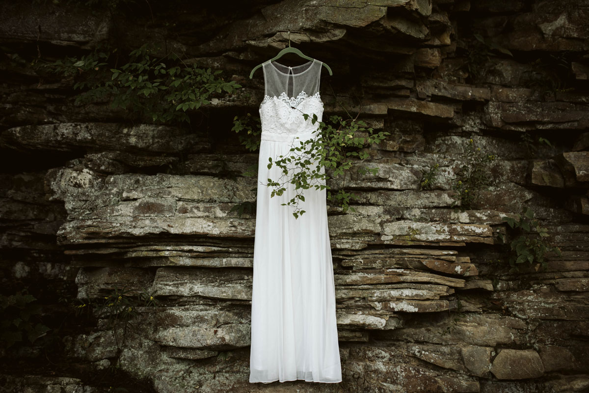 cloudland-canyon-elopement (1).jpg