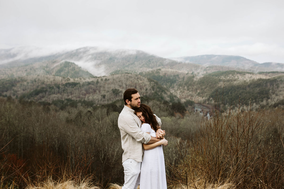 Adventurous-engagement-session-turtletown-creek-falls-farner-tennessee (8).jpg