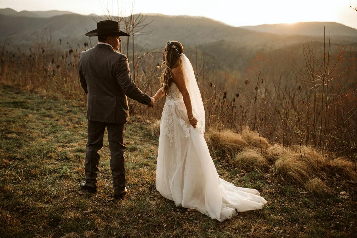 intimate-elopment-blue-ridge-georgia-north-georgia-wedding-photographers (61).jpg