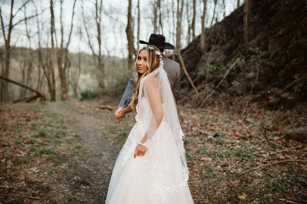 intimate-elopment-blue-ridge-georgia-north-georgia-wedding-photographers (71).jpg