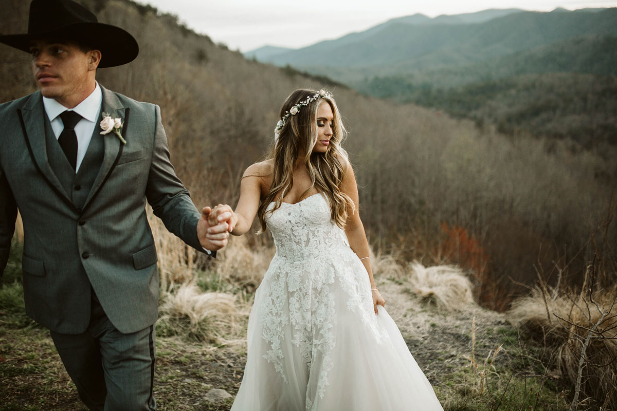intimate-elopment-blue-ridge-georgia-north-georgia-wedding-photographers (76).jpg