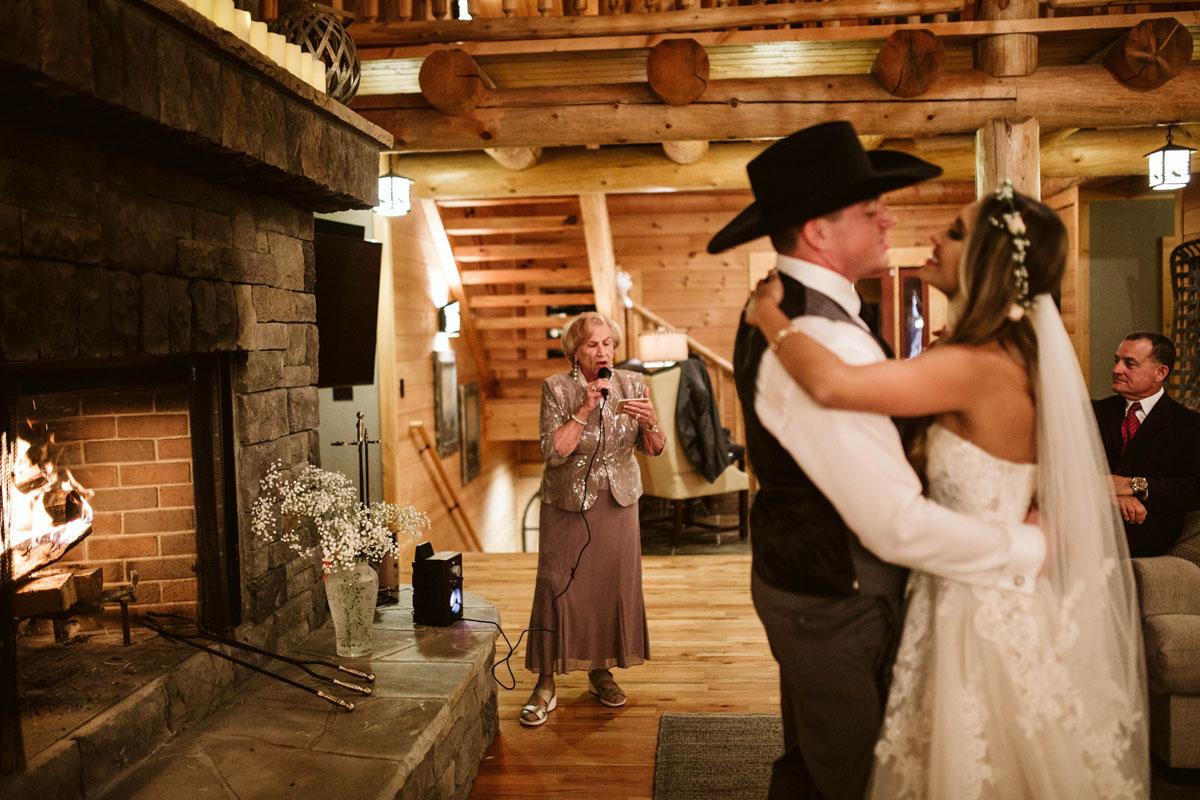intimate-elopment-blue-ridge-georgia-north-georgia-wedding-photographers (110).jpg