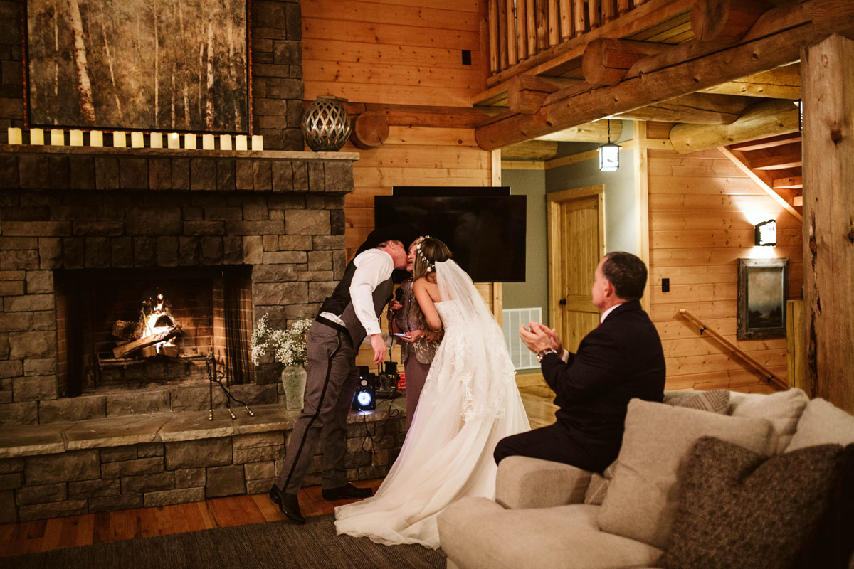 intimate-elopment-blue-ridge-georgia-north-georgia-wedding-photographers (115).jpg