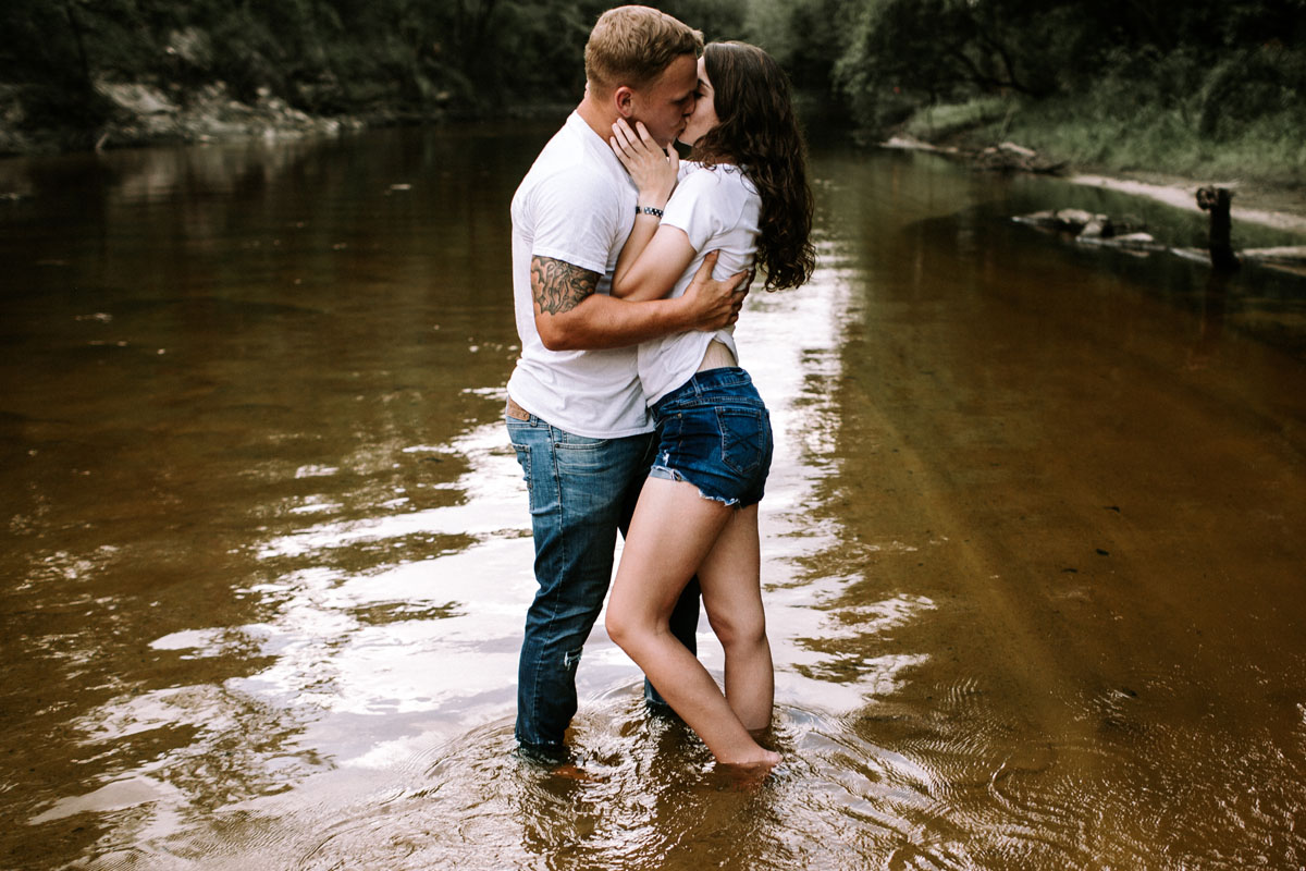 Intimate-couple-river-session-valdosta-wedding-photographers (23).jpg