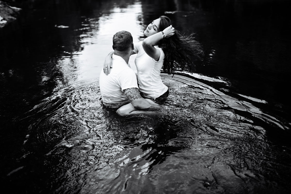 Intimate-couple-river-session-valdosta-wedding-photographers (37).jpg