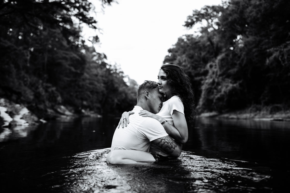 Intimate-couple-river-session-valdosta-wedding-photographers (49).jpg