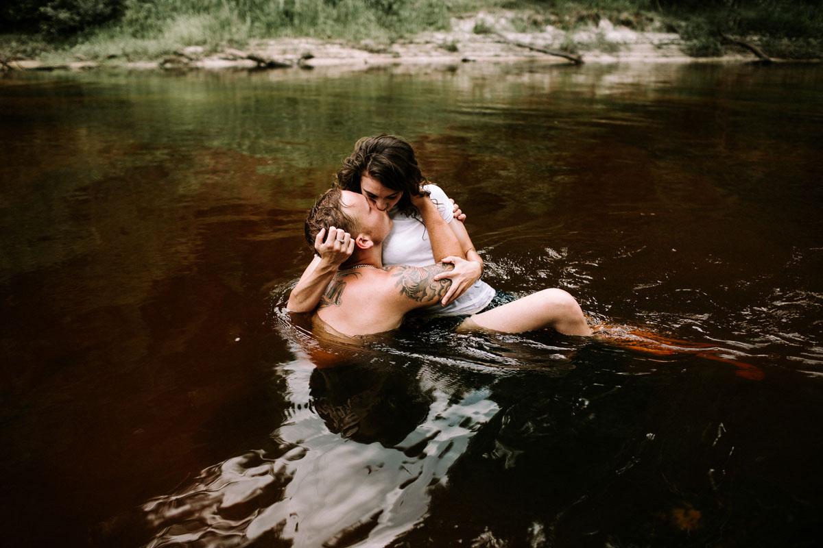 Intimate-couple-river-session-valdosta-wedding-photographers (66).jpg