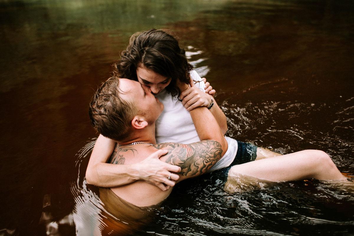 Intimate-couple-river-session-valdosta-wedding-photographers (67).jpg