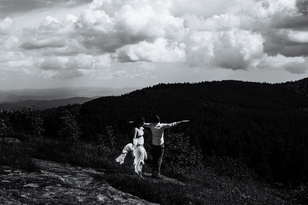 Black-Balsam-Knob-Adventure-Session-Asheville-Wedding-Photographers (2).jpg
