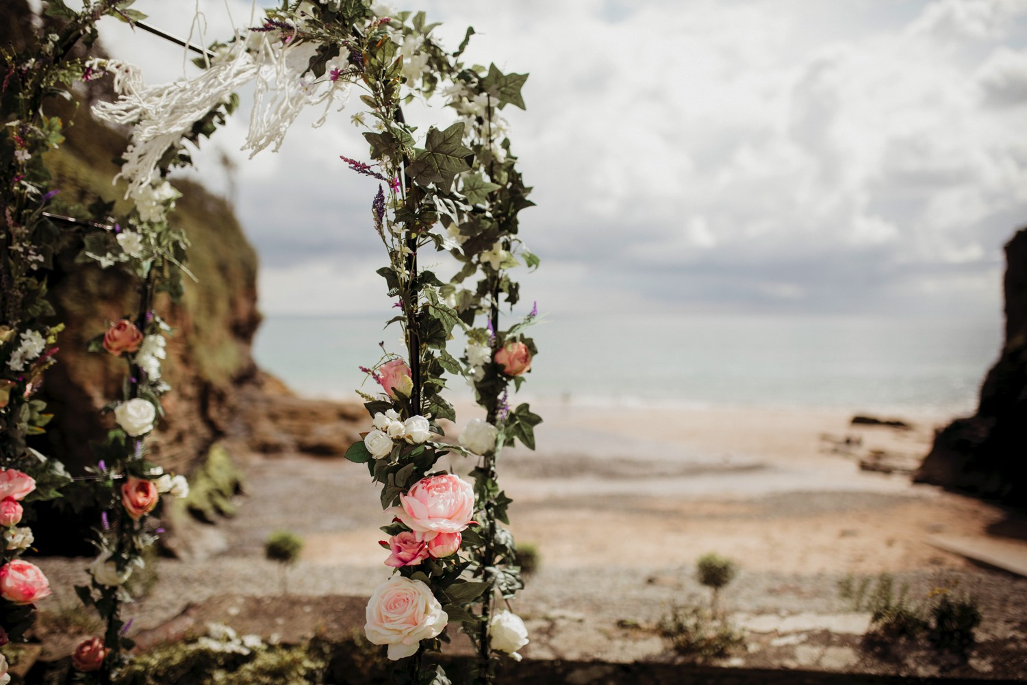 Waterwynch House wedding Tenby KA3.jpg